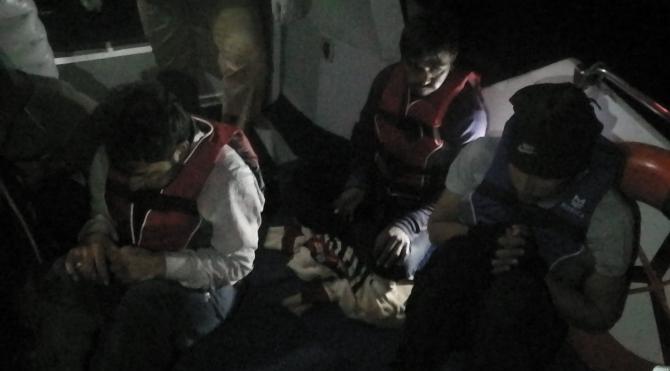Türkiye karasularında son bir haftada 239 düzensiz göçmen yakalandı