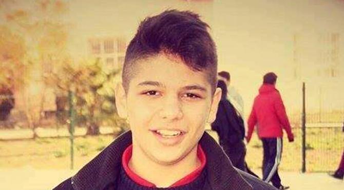 15 yaşındaki genç falezlerden denize düştü