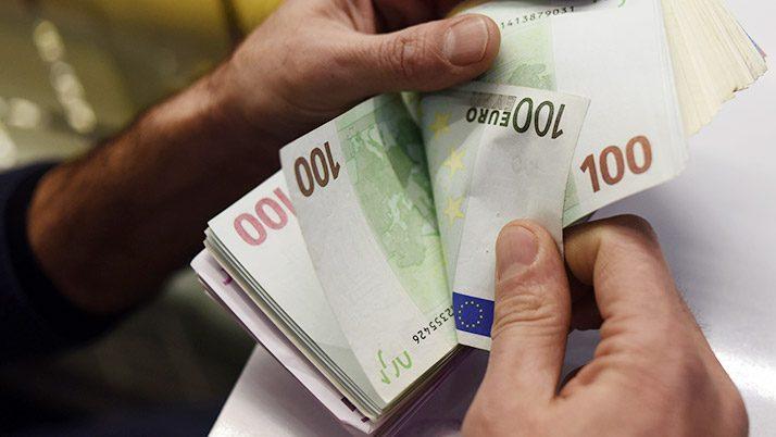 Son KHK ile Turkcell ve Türk Telekom 223 milyon TL kârda