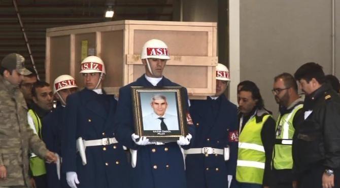 Düşen uçaktaki mürettebatın cenazeleri İstanbul'a getirildi 2