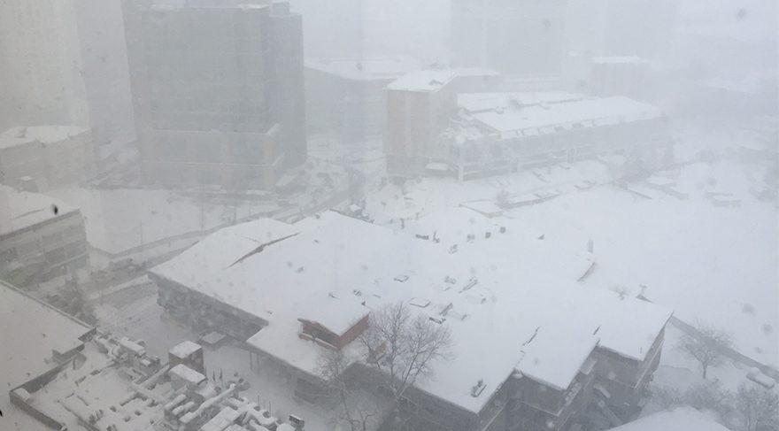 İstanbul'da sabaha kadar kar yağışı devam edecek