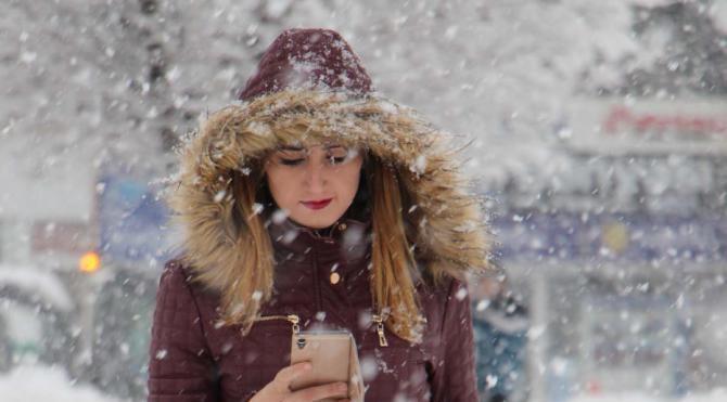 Sivas'ta yoğun kar yağışı; okullar tatil
