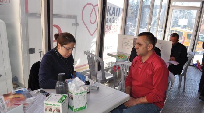 Nevşehir'de Kızılay'a günde 100 ünite kan bağışı