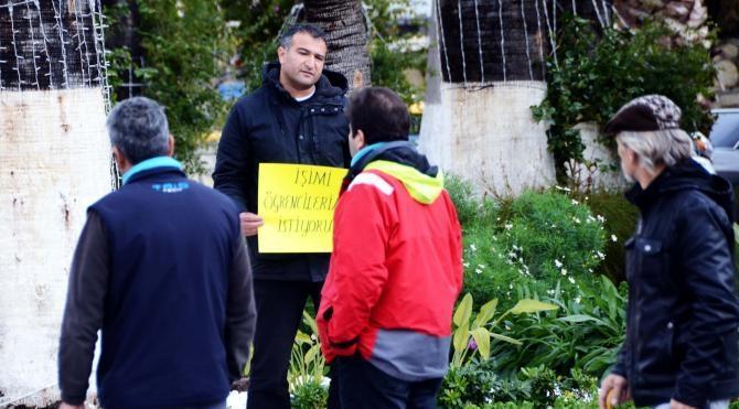 İşe iade eylemi yapan öğretmen 3'üncü günde de gözaltına alındı