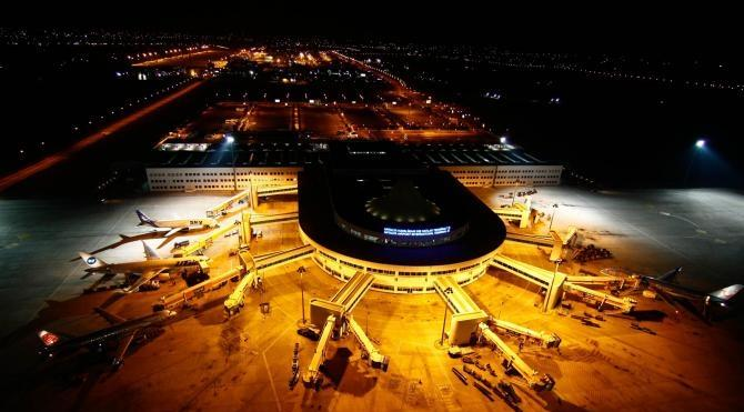 Antalya'da geçen yılki uçak trafiği; 127 bin