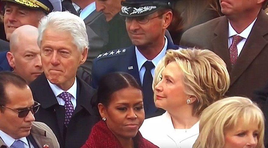 Eşinin o bakışını yakalayınca...