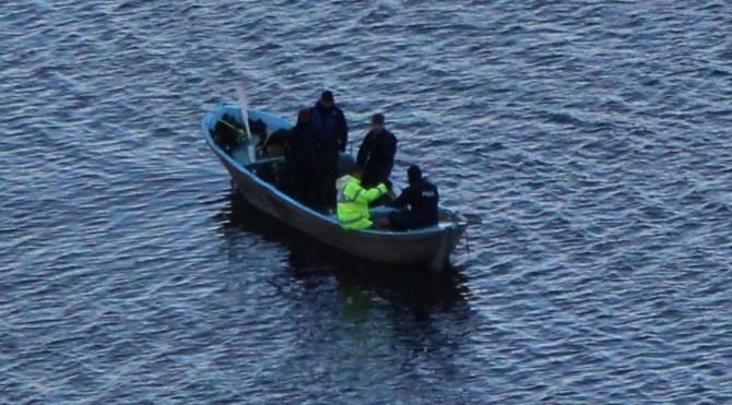 Gölde kaybolan 2 kişi üçüncü günde de bulunamadı
