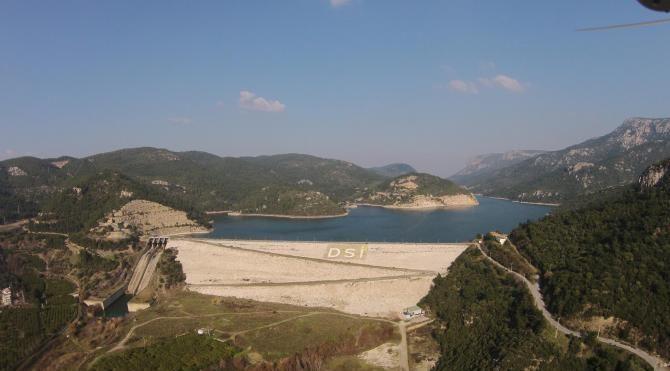 İzmir'de yağmur barajları dolduruyor