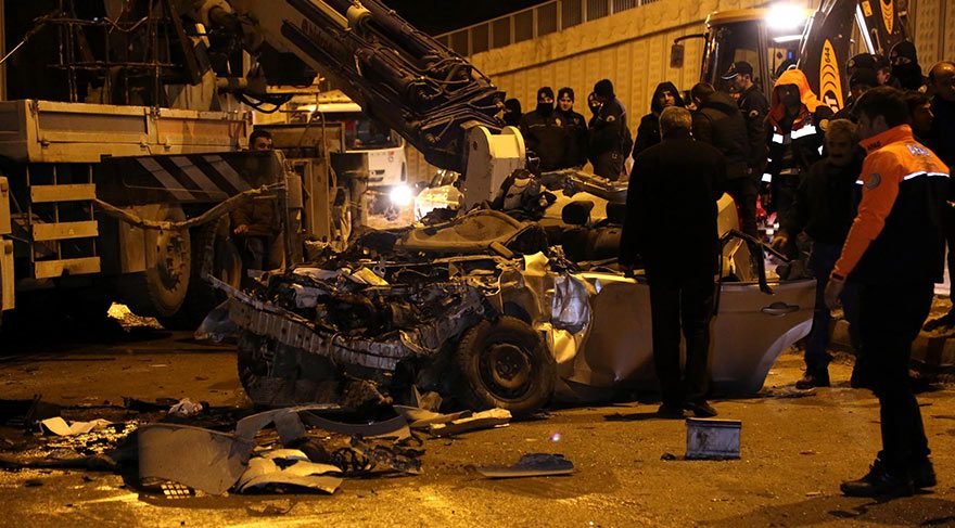 Bayburt'ta korkunç kaza: 3 ölü 4 yaralı