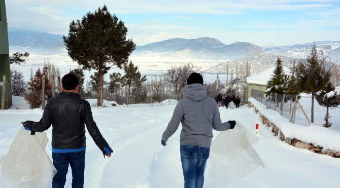 Erendağ Kayak Merkezi'nin tekrar açılması için eylem