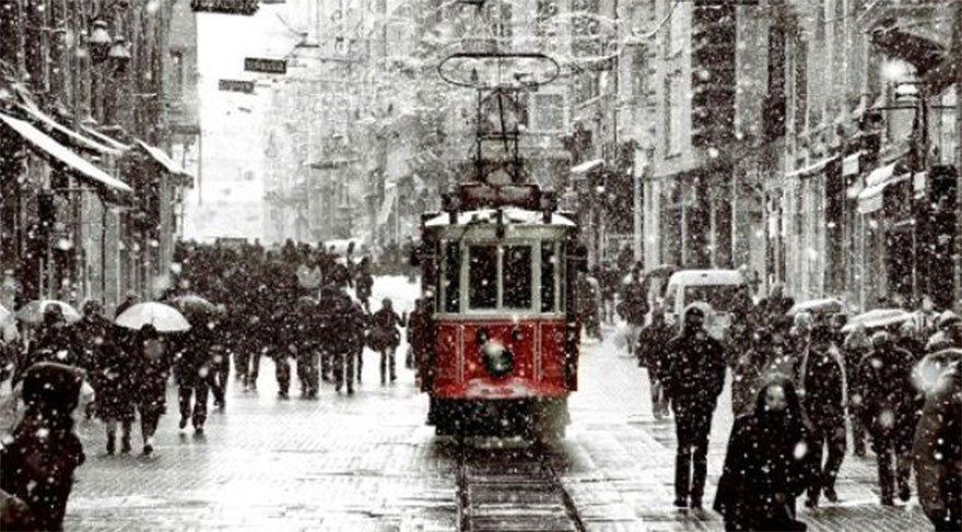 Meteoroloji tahmin değiştirdi: Kar İstanbul'a geri dönüyor