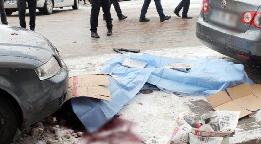 Sokakta tartıştığı eşini öldürüp intihar etti