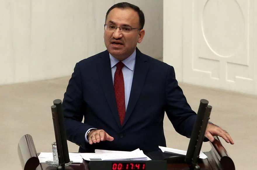 Bakan Bozdağ: Bizim yaptığımız Atatürk anayasasına dönmektir!