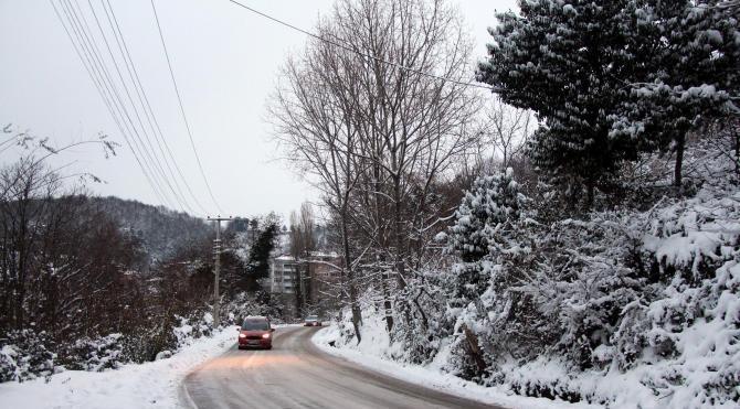 Zonguldak'ta 72 köy yolu ulaşıma kapandı