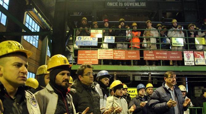 Zonguldak'ta madende ölen 8 işçi dualarla anıldı
