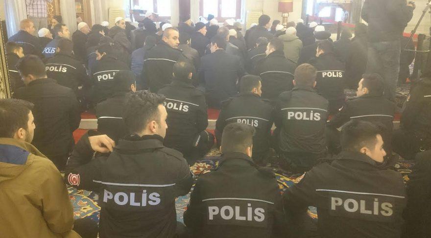 Beşiktaş şehitleri 40 ıncı günde anıldı