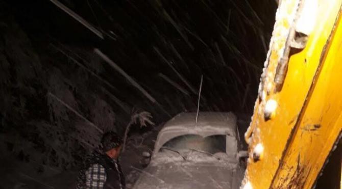 Bozdağ'da doyumsuz kar manzarası