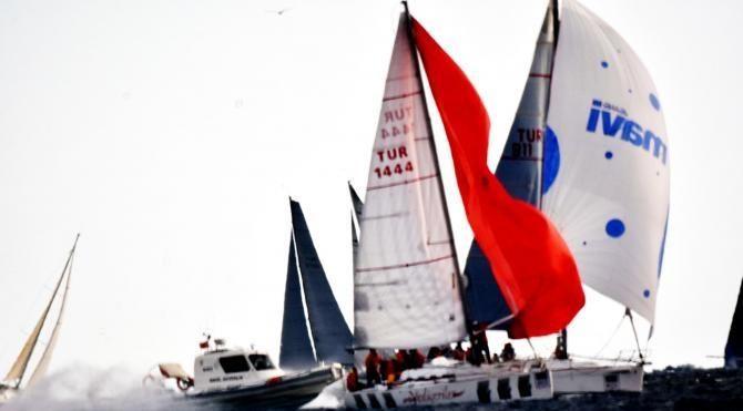 Yat yarışlarında rüzgarla mücadele