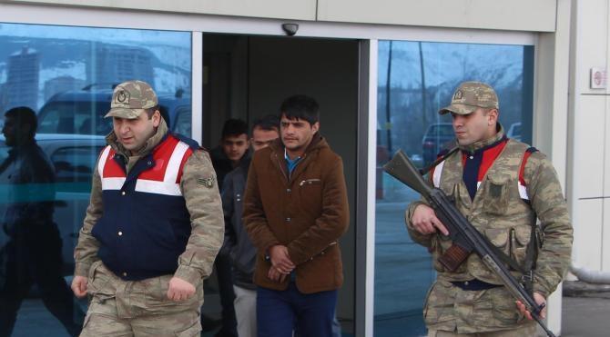 Sivas'ta 19 kaçak mülteci yakalandı