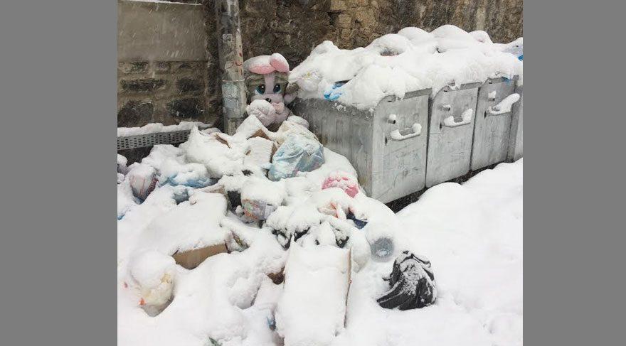 FOTOĞRAF: Onur Cavit İDİN / Çöpler bile toplanamamış...