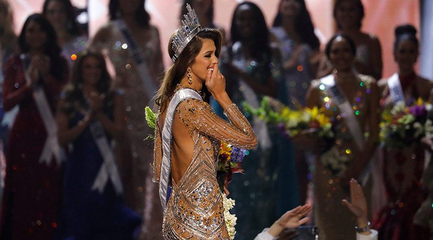 65. Miss Universe (Kâinat Güzellik Yarışması) birincisi, Fransa'yı temsil eden Iris Mittenaere oldu