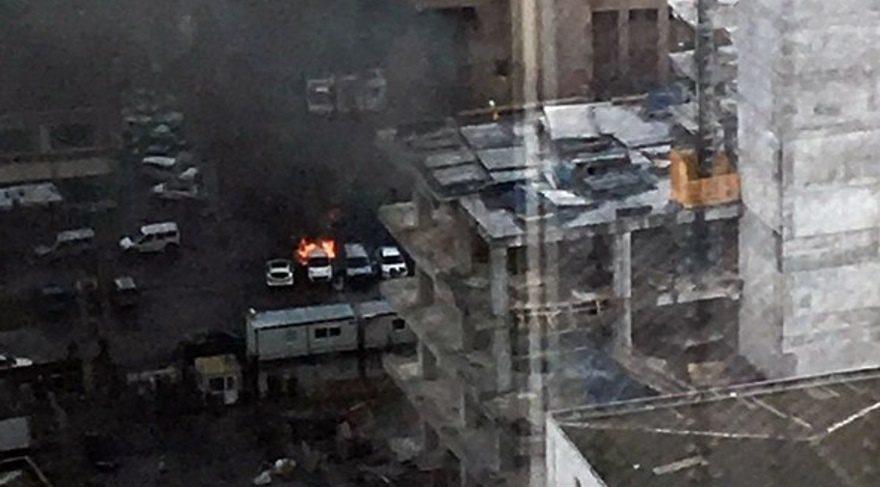 İzmir'de patlama! Bombalı araçla saldırı düzenlenen İzmir Adliyesi'nde 2 şehit, 5 yaralı var!