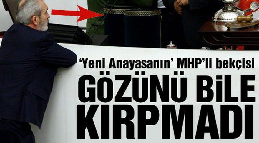 Yeni Anayasa MHP'li vekile emanet