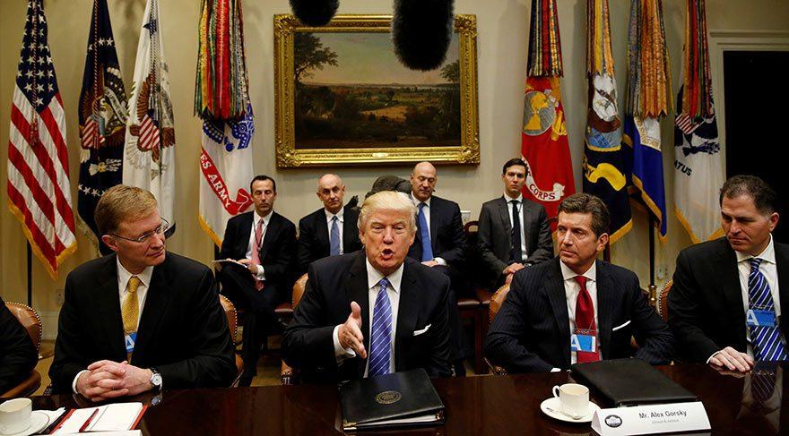 Trump zenginlerle buluştu ilk büyük hamlesini anlattı!