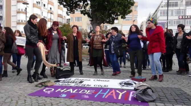 Kadın Dayanışması'ndan halaylı 'hayır'