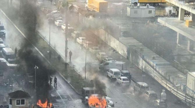 İzmir'de adliye saldırısındaki otomobili satan kişi ByLock'tan tutuklandı