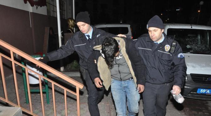 15 yaşında uyuşturucu satarken yakalandı