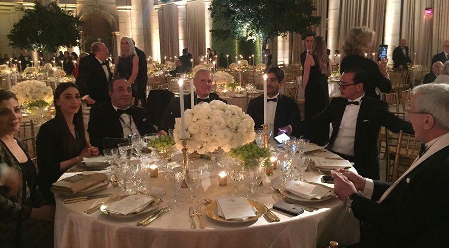Trump'ın yemin töreni davetini neden sakladı?