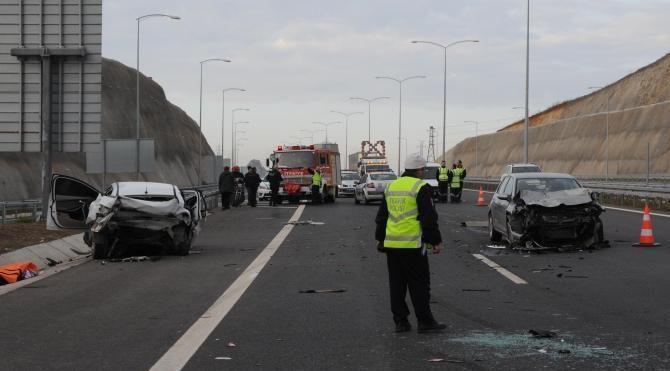 Osmangazi Köprüsü yolunda zincirleme kaza: 1 ölü, 5 yaralı