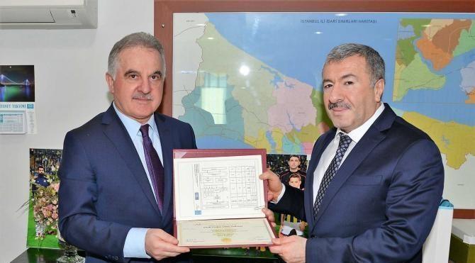 İstanbul Emniyet Müdürü doktora diplomasını aldı