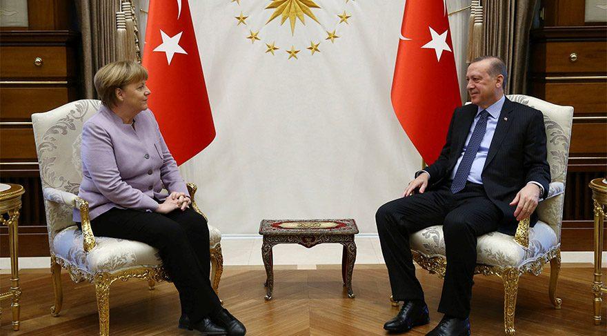 Cumhurbaşkanı Erdoğan'dan Almanya Başbakanı Merkel'in o sözlerine tepki
