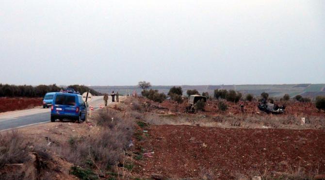 Kilis'te zırhlı araç devrildi: 3 asker yaralı