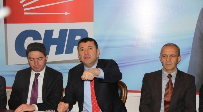 Ağbaba: Genelkurmay Başkanı Kardak'ta siyasi şov yapmasın