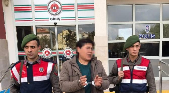 Ak Parti afişini asan kadına 'bıçaklı tehditten' 1 yıl 8 ay hapis