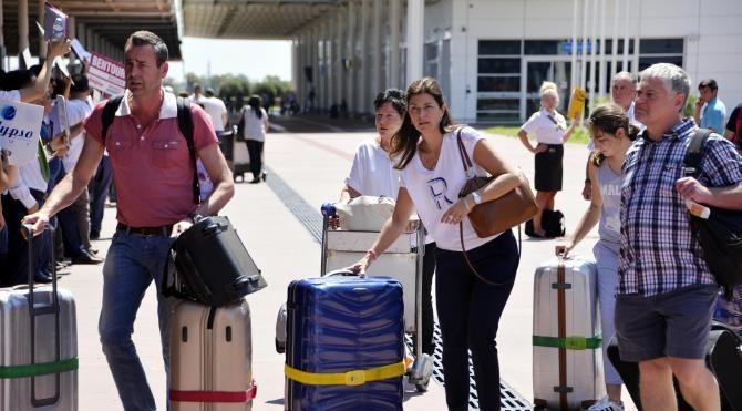 TÜROFED Başkanı Ayık: 2017'de 3.5 milyon Rus turist gelmesi mümkün