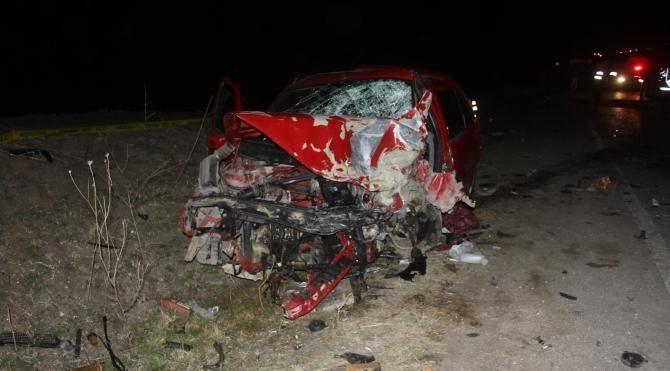 Samsun'da trafik kazası: Anne ve oğlu öldü, 6 kişi yaralandı
