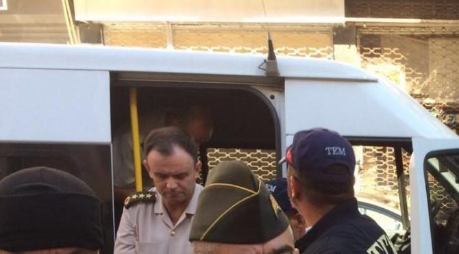 İzmir'de 270 sanıklı FETÖ davasına devam ediliyor (3)