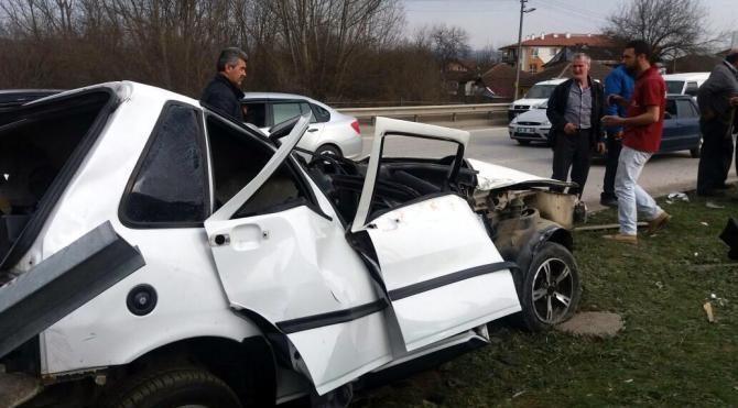 Düzce'de otomobil takla attı: 5 yaralı