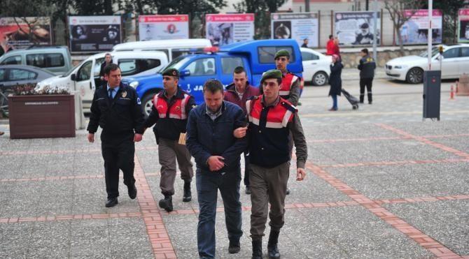 Bursaspor otobüsüne saldıran 6 kişi gözaltına alındı (2)