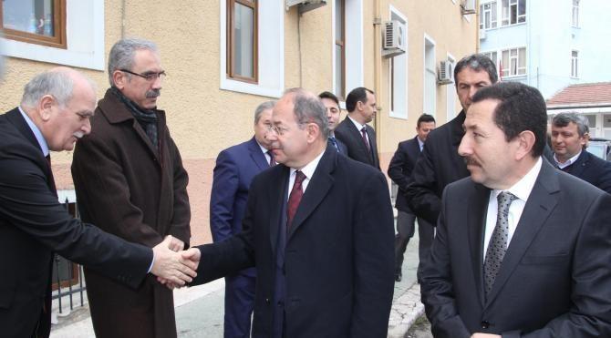 Bakan Akdağ: Türkiye'de hala doktor sayımız istediğimiz orana ulaşmadı