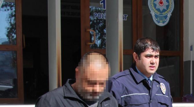 Hırsızlık yaparken yakalanan 4 kişi tutuklandı