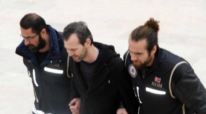FETÖ'den tutuklandı
