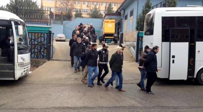 Şanlıurfa'da, 19 kişiye FETÖ tutuklaması