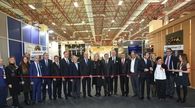 AlleatherIDF İstanbul deri fuarı ziyarete açıldı