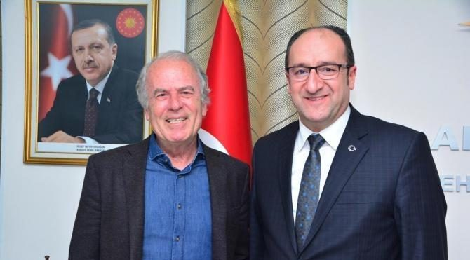 Mustafa Denizli'den Ak Parti'ye ziyaret