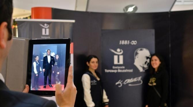 Atatürk'ün üç boyutlu görüntüsü ile çekimi